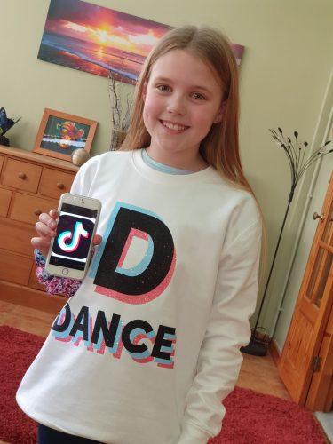 White Dance Tok Sweatshirt photo review
